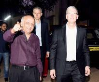 Apple CEO Tim Cook's day out: From prayer to Shah Rukh Khan's home Mannat