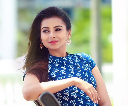 Mrudula Murali to make her Bollywood debut