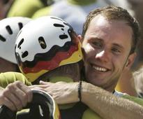 German coach dies, but saves four lives