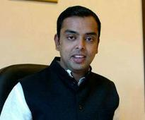Milind Deora complains to Gadkari against Mumbai Port Trust
