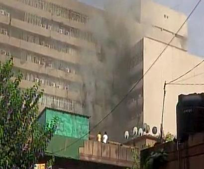 Huge fire at govt office building in Delhi, 25 fire engines at spot
