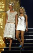 #TBT: 10 of Paris Hilton and Nicole Richie's most iconic '00s outfits
