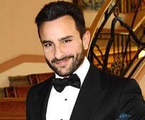 Saif Ali Khan injures self during film shoot