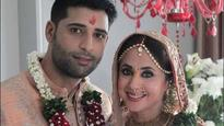See Pics: Urmila Matondkar is all smiles in her first picture post marriage