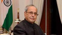 President hands over free LPG connection under Ujwala scheme