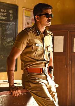 'Theri portrays a new side to Vijay'