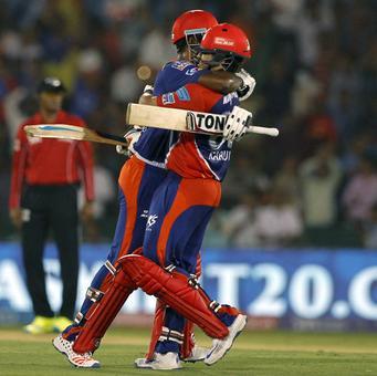 IPL PHOTOS: Nair, Brathwaite keep Delhi's play-off hopes alive