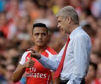 Premier League: Arsene Wenger quashes rumours about Alexis Sanchez leaving London club
