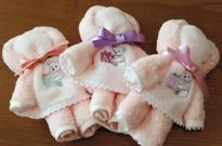Cloth bears comfort tsunami survivors / Sewing work helps parents go on after loss of 2 children