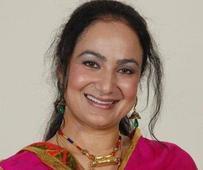 Punjabi singer Satwinder Bitti joins Congress