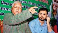 Political slug-fest over CBI raids on Lalu Yadav