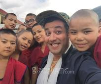 Varun Sharma spends time with kids! - News