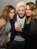 Desperate Housewives's Teri Hatcher flaunts her frame at ice-cream themed art show