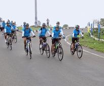 IAF cyclists on a Swachh mission