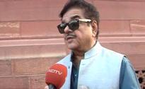 Salute PM Modi, Says Shatrugan Sinha After 'Planted Surveys' Dart