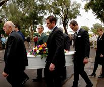 Regional city stops for mayoral funeral