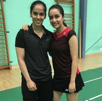 Sania teaches Shraddha badminton!