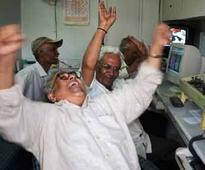 Sensex ends at yet another record high, rises 81 pts on selective buying; Nifty tops 9,600