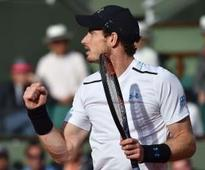 French Open: Murray fights through to semis