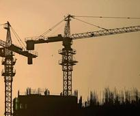 Analysts cast doubt on 7.6% GDP growth target