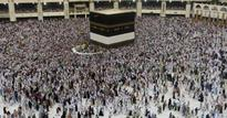 Naqvi pats State Hajj Committees for better arrangements during Hajj-2016