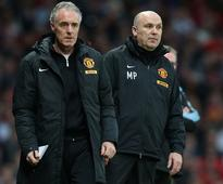 Phelan and Steele leave Man Utd