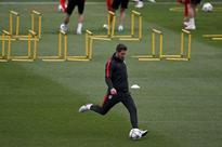 Simeone is climbing the steps to be among coaching greats