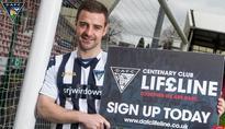 Dunfermline complete the signing of former Hearts & Kilmarnock midfielder Scott Robinson