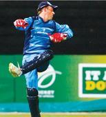 De Villiers returns to action