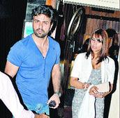 Bipasha Basu, Harman Baweja spotted together