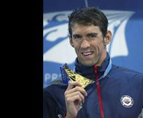 Swimming great Phelps dodges jail in drunk driving case