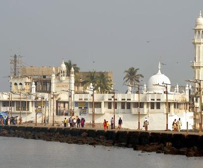 Haji Ali Dargah case: HC to pronounce verdict on ban on women today