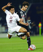 Clinical El Jaish book place in Qatar Cup fina... Doha: El Jaish survived a late scare by Al Sadd 3-2 yesterday to reach the final...