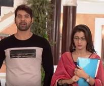 Kumkum Bhagya written update September 26: Abhi brings Pragya to his house