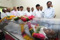 CM pays homage to Rajeshwar Rao