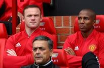 Manchester United captain Rooney nearing the end, says former England striker
