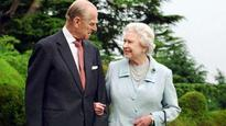 Official photo released to mark 70th wedding anniversary of Britain's queen