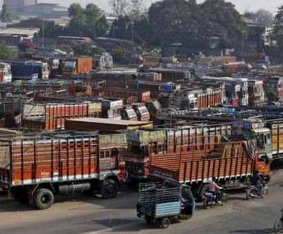Scrapping old commercial vehicles will hardly cut pollution in cities