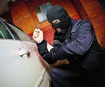 Pune cops net thief who stole 85 lakh car from hotel