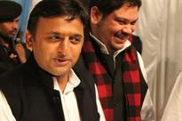 Union Minister Niranjan Jyoti Likens Akhilesh To Mughal Emperor Aurangzeb