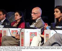 Islamabad citizens throng Litfest to profess love for literature, icons