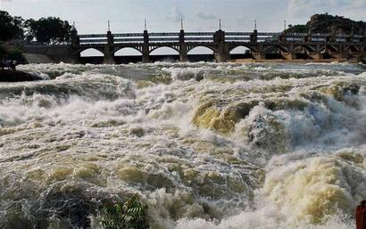 Cauvery verdict: TN to get less water, K'taka gets 14 TMC more