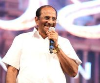 Bajrangi Bhaijaan and Bahubali writer, KV Vijayendra Prasad, working on Vijay 61?