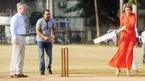 Belgium's royal couple try their hand at cricket at Azad Maidan