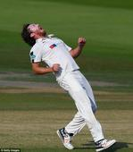 Ryan Sidebottom extends Yorkshire contract for another year ahead of final County Championship showdown