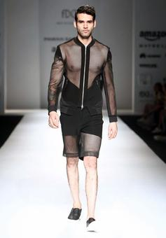 Fashionable or Funny? 9 crazy runway designs