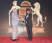 Navrattan Kothari, Chairman, KGK Group Receives The Excellence Award 2016
