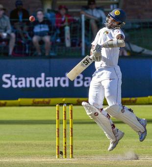 Sri Lanka's batsmen keep hopes alive on Day 4