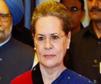 Sonia Gandhi , Rahul Gandhi, Manmohan on Congress list of 40 star campaigners for Punjab