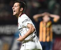 Corinthians are close to signing former Argentine midfielder Sebastian Blanco